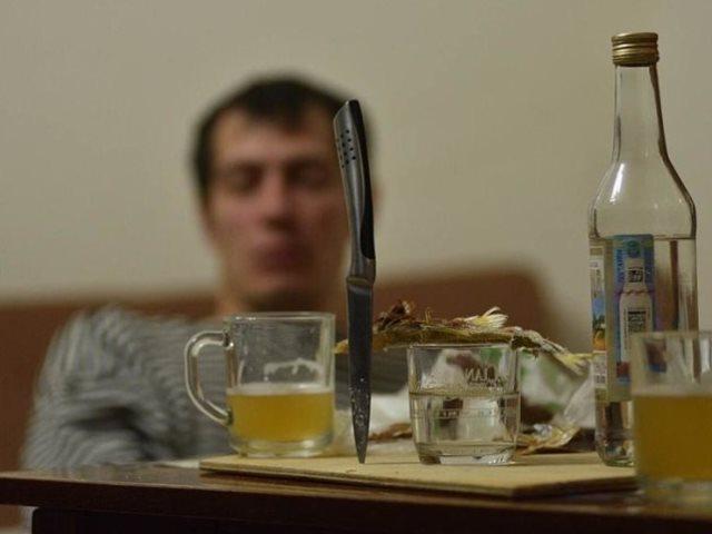 Пьющий сын: что делать?
