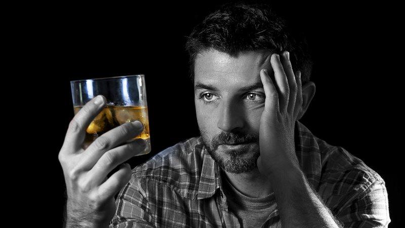 Алкоголик в депрессии