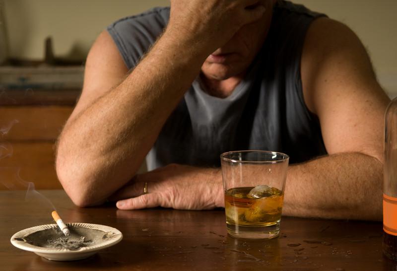 Сколько лет живет алкоголик?