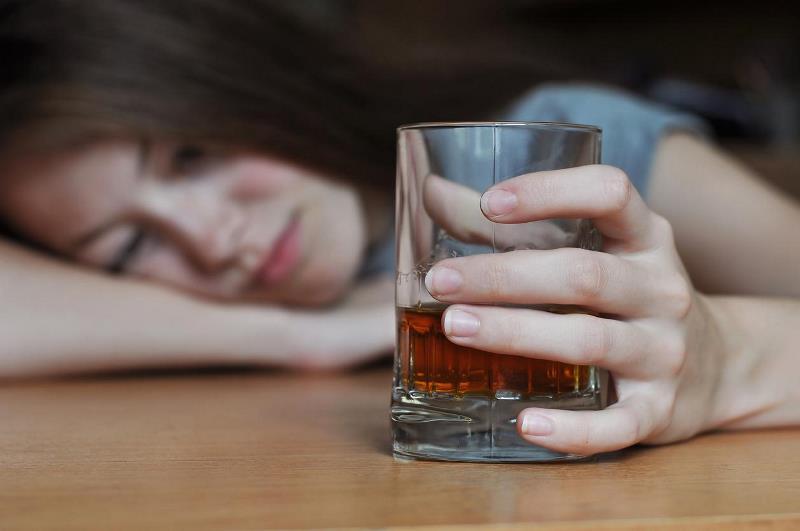 Сокрытие собственного алкоголизма